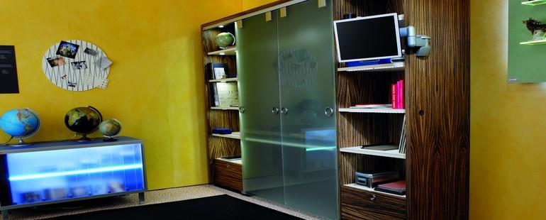 Wandelbare wohnwand ein zuhause f r das home office h fele for Wohnideen hobbyraum