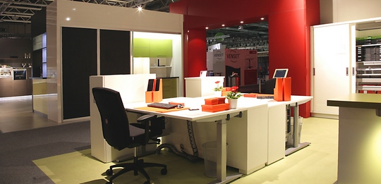 The office kitchen combines a working room with a relaxation room.