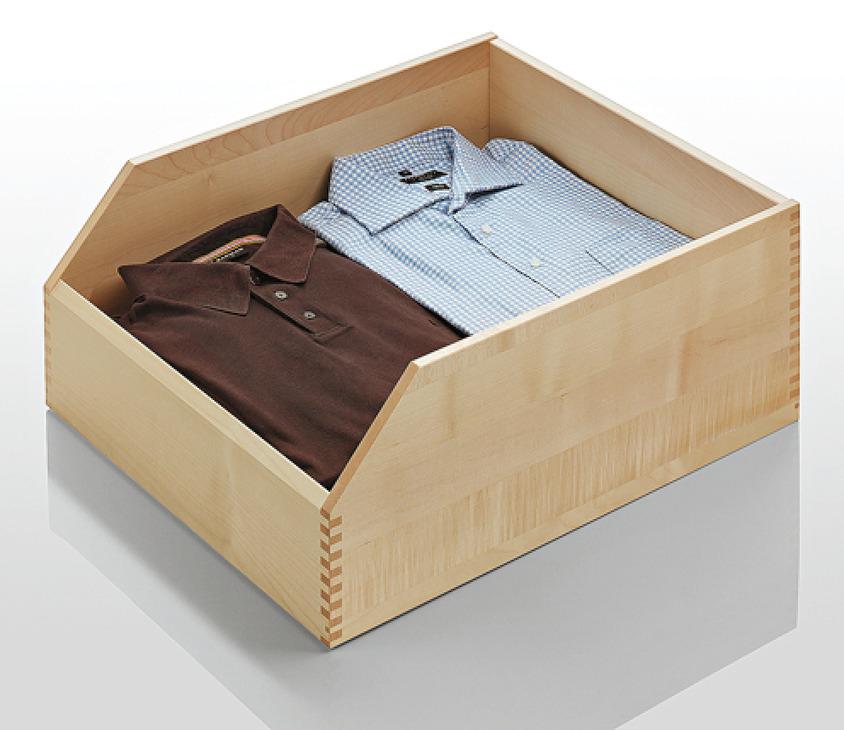 stauraumausstattung f r schlafzimmerschr nke und begehbare schrankanlagen mit f hrung im. Black Bedroom Furniture Sets. Home Design Ideas