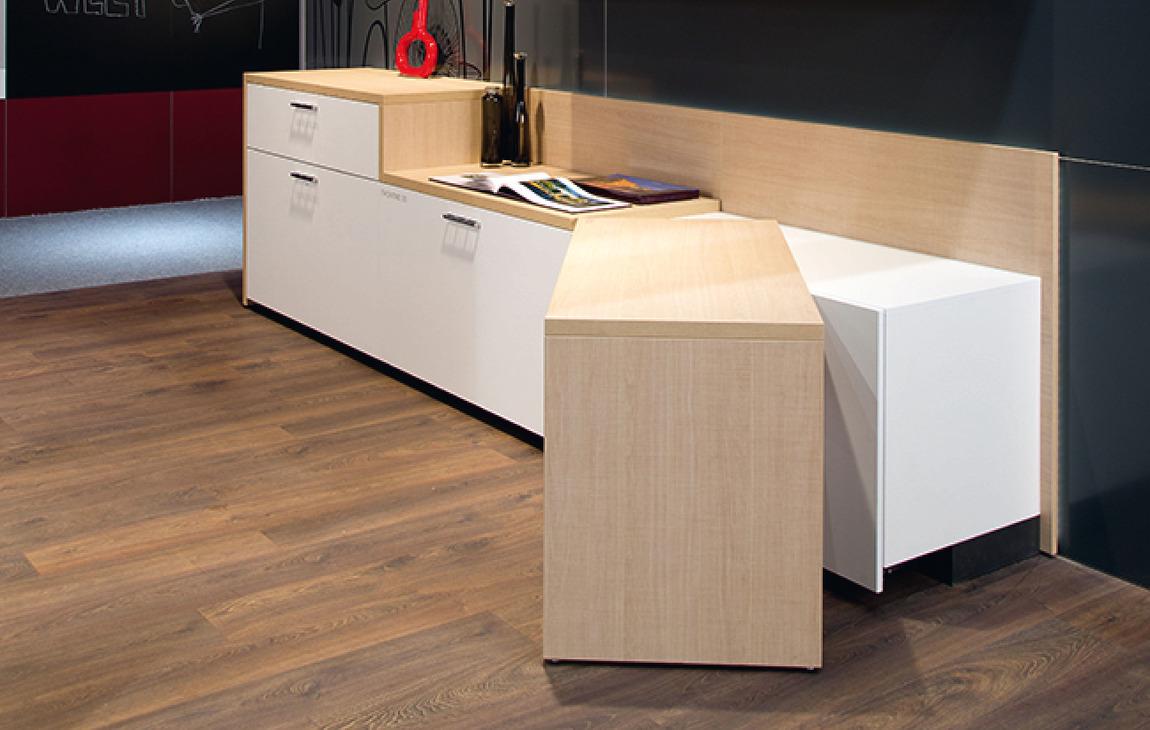 Tisch drehbeschlag schwenkbar im h fele deutschland shop for Schreibtisch schwenkbare tischplatte