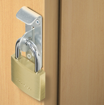Safe deposit box lock, lockable with padlock